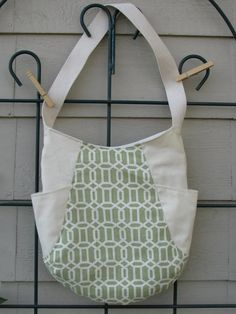 241 Tote (available)  Pattern by Anna Graham