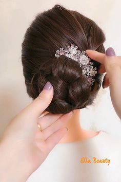 Easy Hairstyles For Thick Hair, Hair Tutorials For Medium Hair, Hairdo For Long Hair, Up Hairstyles, Beautiful Hairstyles, Front Hair Styles, Medium Hair Styles, Hair Style Vedio, Hair Ponytail Styles