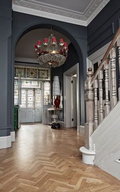 How interior stylist Marianne Cotterill turned her family home into a business Victorian entrance hall with dark walls and parquet floor. Edwardian Hallway, Edwardian Haus, Edwardian Staircase, Victorian Stairs, Edwardian Architecture, Victorian Terrace House, Victorian Townhouse, Classical Architecture, Victorian House Interiors