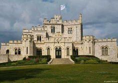 Les Plus Beaux Villages du Nord-Pas de Calais - Le Château d'Hardelot (XIXe siècle), à Condette (Pas de Calais, Pays du Boulonnais). Photo : © LAETITIA RICHARD