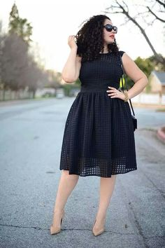 Tanesha awasthi black dress and nude pumps