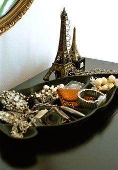 Trinket Catch-All: LOVE the flea market Eiffel Towers