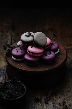 Macarons by George Matasov Amazing Food Photography, Dark Food Photography, Photography Photos, Bon Dessert, Eat Dessert First, Cupcakes, Macaron Recipe, Food Design, Food Pictures