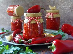 Ketchup, Hot Sauce Bottles, Food Porn, Cooking Recipes, Foods, Drinks, Red Peppers, Food Food, Drinking