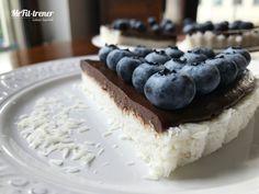 Białkowo-tłuszczowa TARTA BOUNTY Z BORÓWKAMI :D Toffee, Stevia, Pie, Cheese, Cookies, Health, Recipes, Food, Sticky Toffee