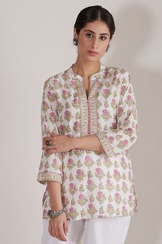 Our rendition of Spring, the Roz Meher Zara Top is adorned with a bounty of floral block-printed motifs. Handcrafted in soft cotton fabric, this top comes laden with classic button detailing. Kurti Collection, Casual Tie, Indian Fashion, Womens Fashion, Two Piece Outfit, Zara Tops, Online Shopping Clothes, Indian Dresses, Indian Wear