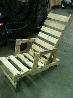 Pallet Outdoor #Lounger - DIY Recycled Pallet Adorable Chair Ideas   99 Pallets