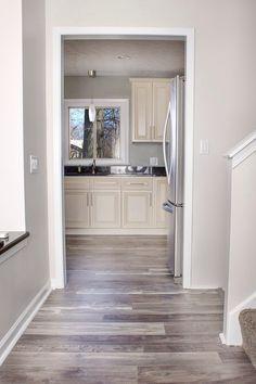laminate flooring best price huge selection professional installation free online - Vinyl Plank In Bathroom