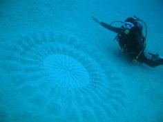 Misteriosos desenhos encontrados no fundo do mar