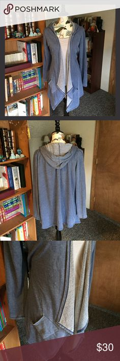 💠New Listing💠 Baku-Draped Cardigan/Tank Bundle 🌼Like new condition! This is a great cardigan and tank bundle. The cardigan is a large and is by Baku, and the tank is by Mossimo and is also large. Throw this cardigan on when heading to yoga or on a cloudy day!🌼💸Free Shipping on bundles with three or more items. After you bundle your three items, make an offer with $6 off the discounted bundled price.💸 Baku Sweaters Cardigans