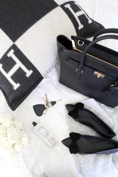 Fall Capsule Wardrobe, Minimal Chic, Hermes Birkin, Style Me, Feminine, Classy, Black And White, Lifestyle, Bags