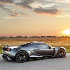 Hennessey Venom GT - Beautiful Sunset