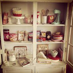 Vintage mini baking