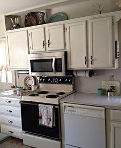 Annie Sloan Paint on Kitchen Cabinets