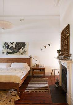Bedroom delights! Natural, wooden textures and tones <3