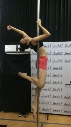 Angel #pole dance