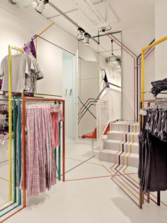 The Schiesser flagship store in Berlin, by Atelier 522, entices customers by injecting colour and modern Zeitgeist.