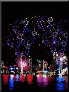 Fourth of July- Fireworks Fireworks Gif, 4th Of July Fireworks, Fourth Of July, Happy New Year Gif, Happy 4 Of July, Happy Gif, Happy New Year Images, Fogo Gif, Christmas And New Year