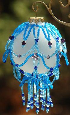Simple handmade Christmas crafts