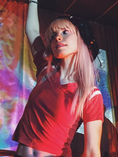 Hayley Williams of paramore Paramore Hayley Williams, Hayley Paramore, Hayley Williams 2017, Hayley Wiliams, Taylor York, Poses, Celebs, Celebrities, Girl Crushes