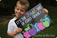 FREE easy to print First Day of School signs for EVERY grade!