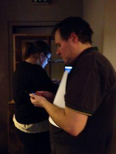 concentration des hôtes avant 20 heures #Muzeonum #irl5