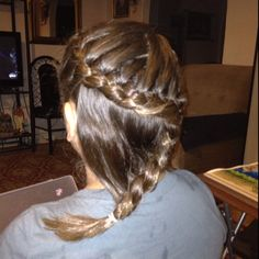 Swirly little girl braid...