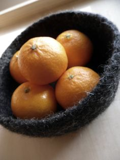 felted fruit bowl