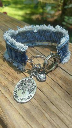 Frayed Denim Bracelet with Tree of Life Charm by DenimReDooz - Bijouterie Fabric Bracelets, Fabric Jewelry, Beaded Jewelry, Diy Denim Bracelets, Cuff Bracelets, Diy Bracelet, Denim Crafts, Upcycled Crafts, Homemade Jewelry