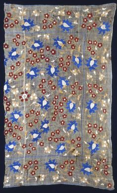 Turkey    Turban Cover or Square Cover, 17th century    Linen, plain weave; embroidered with silk in darning, double running, twined double running, and stem stitches