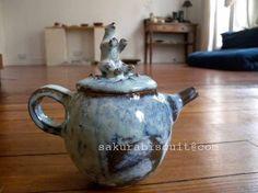 white bear tea pot