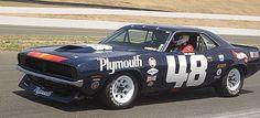 Historic Trans Am - Dan Gurney and Plymouth Cuda Racing Baby, Sports Car Racing, Auto Racing, Road Race Car, Race Cars, Road Racing, Nascar, Dan Gurney, Dodge Muscle Cars