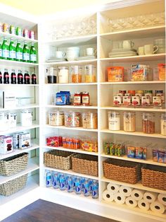Some of us include a pantry into our kitchen layout. A pantry helps to keep required various items, from canned foods to aprons. A pantry shouldn't always require big area. Read Stylish Kitchen Pantry Ideas 2020 (For Cool Kitchen) Kitchen Organization Pantry, Pantry Storage, Kitchen Storage, Home Organization, Organized Pantry, Storage Canisters, Storage Bins, Pantry Diy, Pantry Makeover