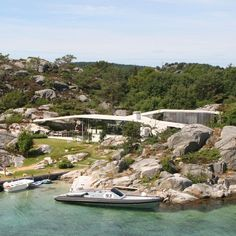 Concrete canopy shelters Lund Hagem's Norwegian holiday home on the island of Lyngholmen from the sea breeze. Backyard Canopy, Garden Canopy, Diy Canopy, Canopy Outdoor, Canopy Tent, House Canopy, Ikea Canopy, Window Canopy, Beach Canopy