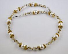 Kette in weiß und gold mit Swarovski Perlen von mia's dekostube auf DaWanda.com