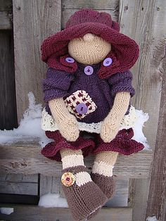 Ravelry: Raggedy Baby Buttons pattern by Deena Thomson-Menard... she is so adorable !! free Ravelry download :-)))