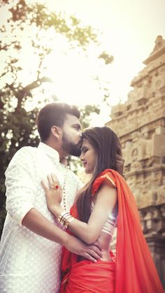 "Mac Eye Cameragraphy ""Portfolio"" Love Story Shot - Bride and Groom in a Nice Outfits. Best Locations WeddingNet #weddingnet #indianwedding #lovestory #photoshoot #inspiration #couple #love #destination #location #lovely #places"