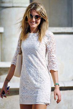 Feminine lace minidress