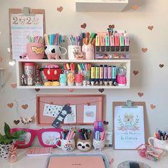 Study Room Design, Study Room Decor, Craft Room Design, Room Design Bedroom, Room Setup, Room Ideas Bedroom, Kids Desk Organization, Otaku Room, Cute Room Ideas