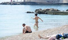 The summer is coming to Dubrovnik fast and furious. Since the Easter Holidays the weather has been getting warmer and, as can be seen from this photo gallery, the Adriatic Sea is also warming up.