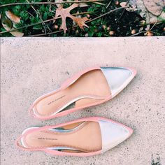Anthropologie Peach & Silver Pointed Flats✨ Only worn once or twice. Practically perfect condition, the only minor wear is on the bottom. Pilcro and the Letterpress Fey Slingback style flats with chromatic silver top. GORGEOUS shoes. Anthropologie Shoes Flats & Loafers