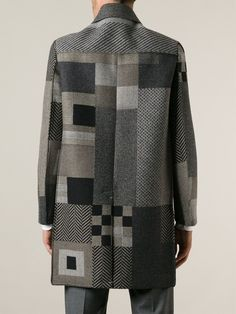 You'll find the perfect men's single breasted coat at Farfetch. Diy Clothing, Piece Of Clothing, Sewing Clothes, Quilted Clothes, Cool Outfits, Fashion Outfits, Knitted Coat, Kinds Of Clothes, Quilted Jacket
