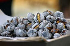 Roasted Chestnuts (Castanhas Assadas) - Easy Portuguese Recipes