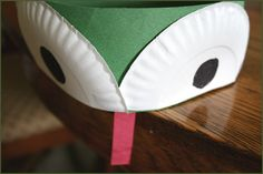 frog hat for celebrating leap day! Preschool Rooms, Kindergarten Crafts, Preschool Activities, Refurbished Iphones, Frog Costume, Silly Hats, Holiday Hats, Hat Day, Animal Crafts For Kids