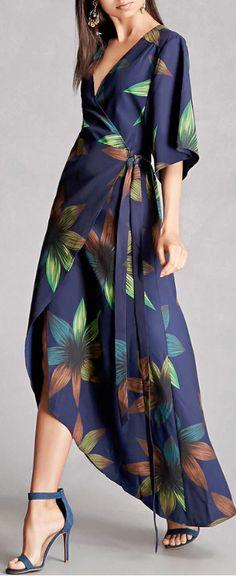 #Farbberatung #Stilberatung #Farbenreich mit www.farben-reich.com floral wrap dress
