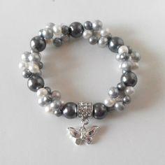 Pulsera de perlas agua dulce con el encanto de plata mariposa gris perla pulsera elástica multitrenza
