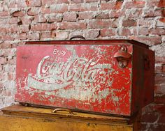 Awesome Vintage Coolbox