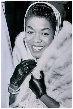 "SARAH VAUGHN | Sarah Lois Vaughan (1924 – 1990), American jazz singer, described by music critic Scott Yanow as having ""one of the most wondrous voices of the 20th century.  Join Black History Album On Pinterest"