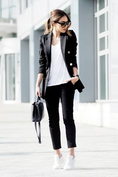 fall / winter - spring / summer - street style - street chic style - fall fashion - spring fashion - fall outfits - spring outfits - casual outfits - comfy outfits - athleisure - black and white outfits - black military blazer, black crop pants, white v-neck t-shirt, black sunglasses, white sneakers, black handbag