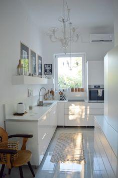 Hogy szuperál az új otthon? - Merci-Ancsa dekor Decor, Furniture, Home, Table, Kitchen